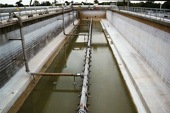 jet aeration system in 310 ft long tanks gulf coast waste disposal authority